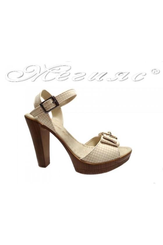 Дамски сандали 161-ток светло бежови