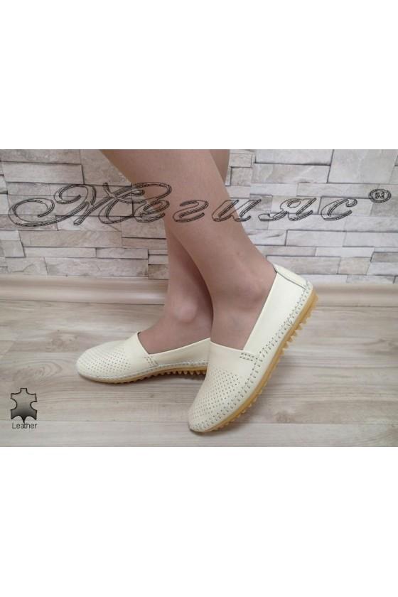 Дамски ежедневни обувки FENG S1720-263 бежови естествена кожа