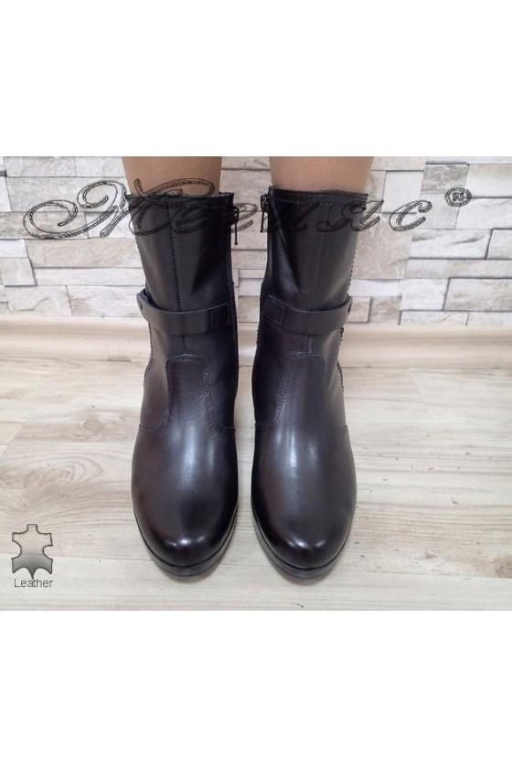 Women boots 13313 black leather