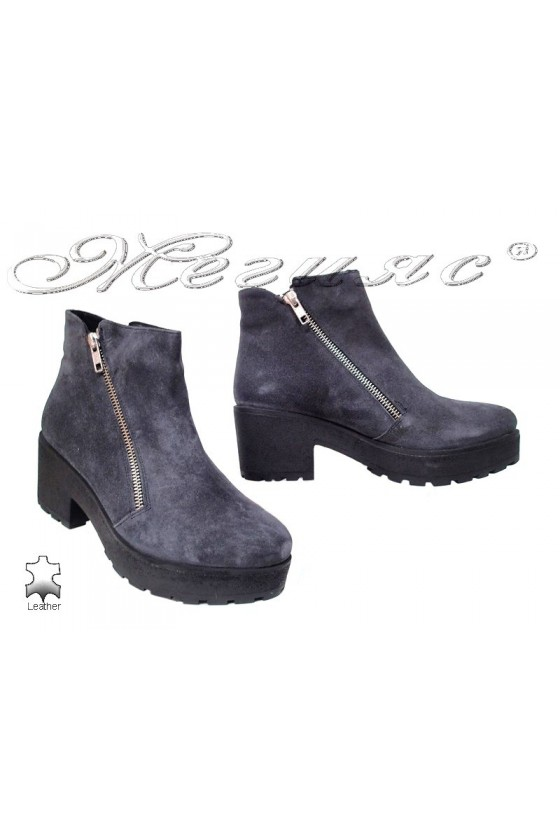Lady casual boots 275-100 grey leather suede