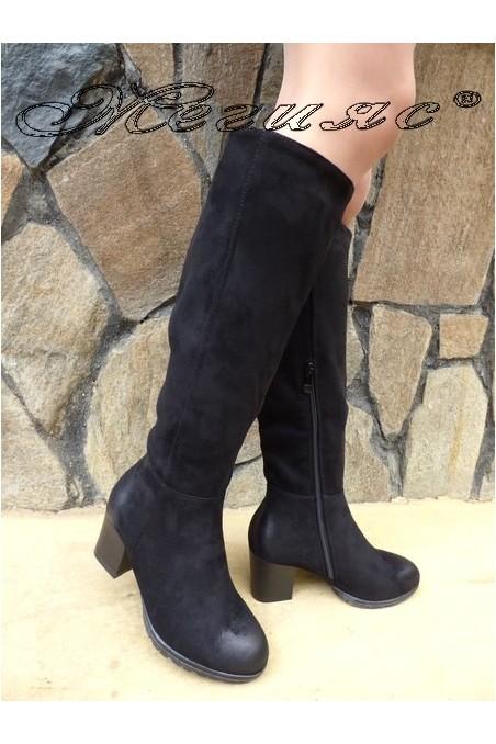 Дамски ботуши CASSIE 18-2508 черни от еко велур с широк ток