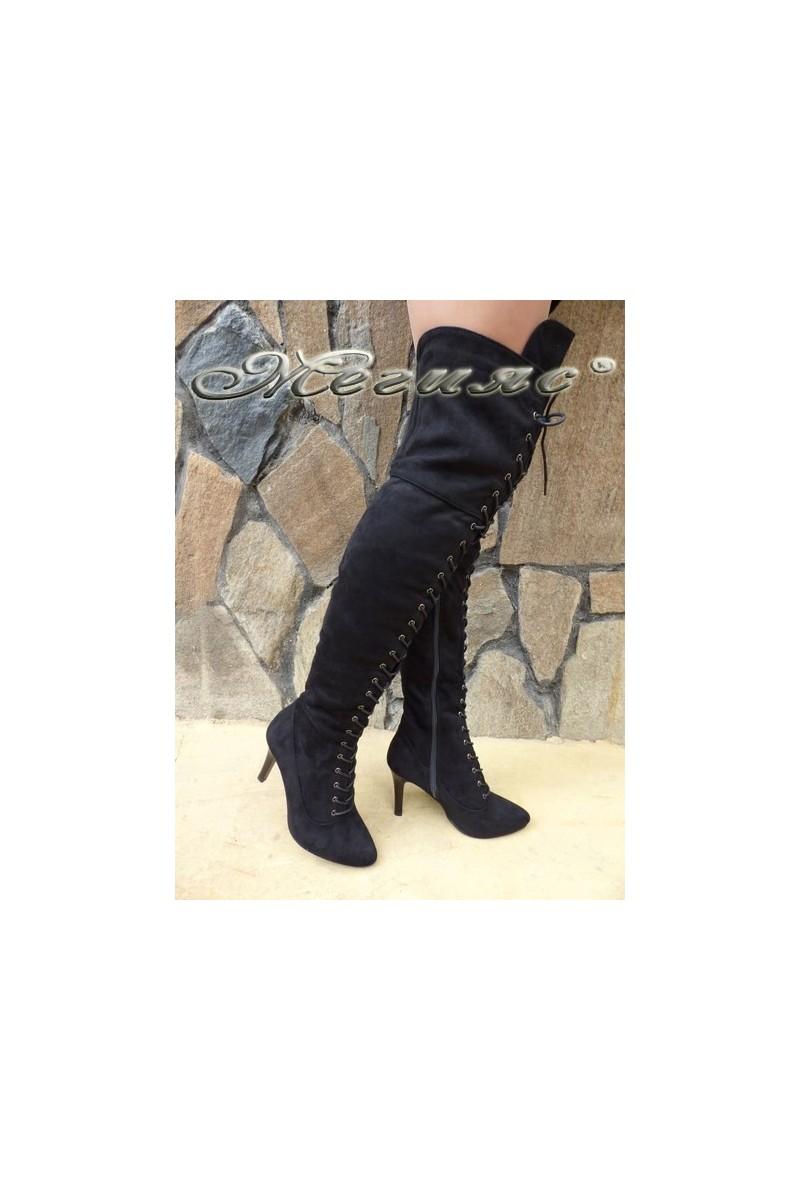 Дамски ботуши CASSIE 18-2504 черни от еко велур елегантни тип чизми