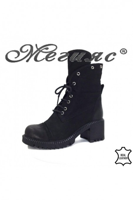 123 Women boots black suede