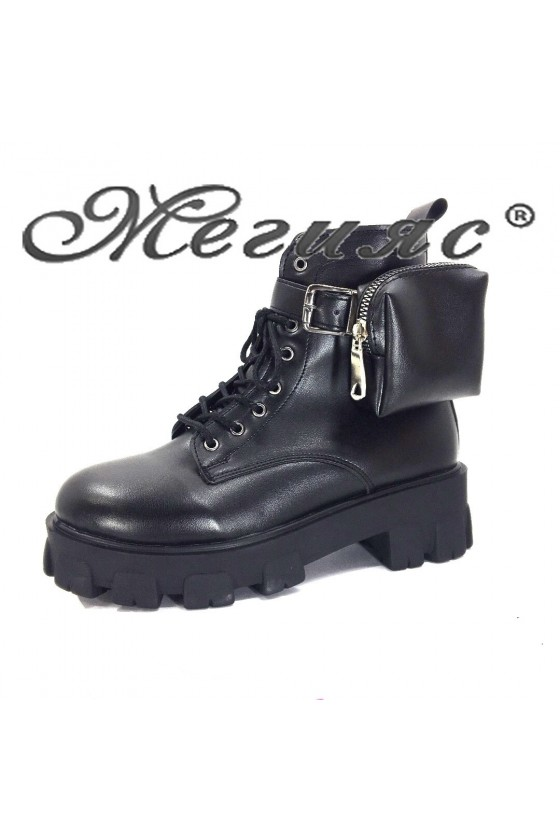 75-M Women boots black pu