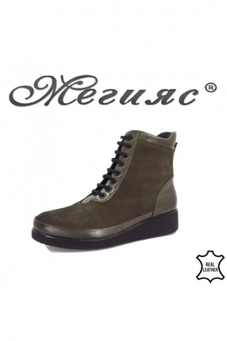 1018 Women boots green leather