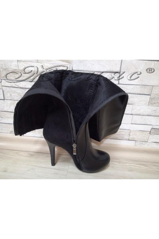 Дамски ботуши Carol 20W17-117 черни елегантни от еко кожа и велур с висок ток