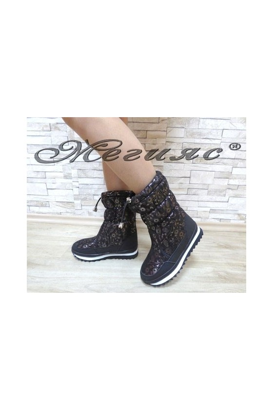 19-1308 Lady boots black