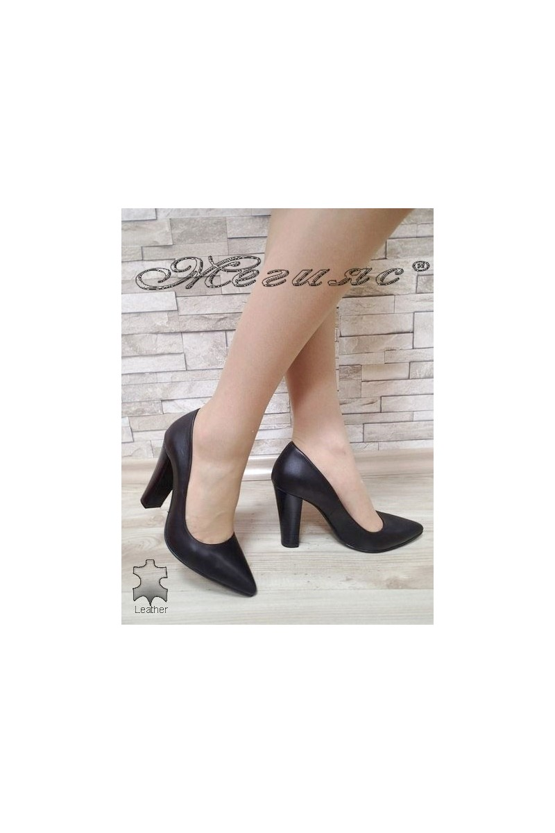 Lady shoes  278-01 black leather