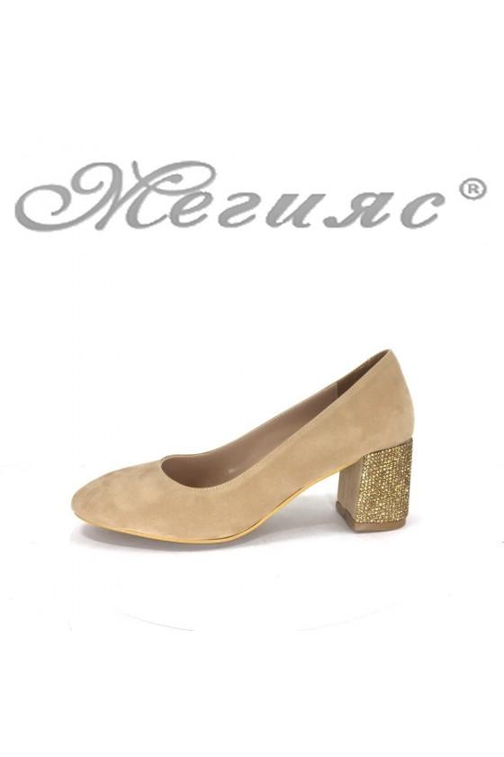 Дамски елегантни обувки 2213 бежови от еко велур на широк ток