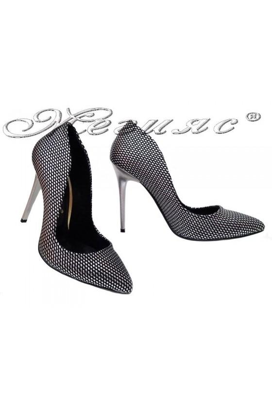 Дамски обувки 1800 тъмно сребро с точки висок ток остри от еко кожа