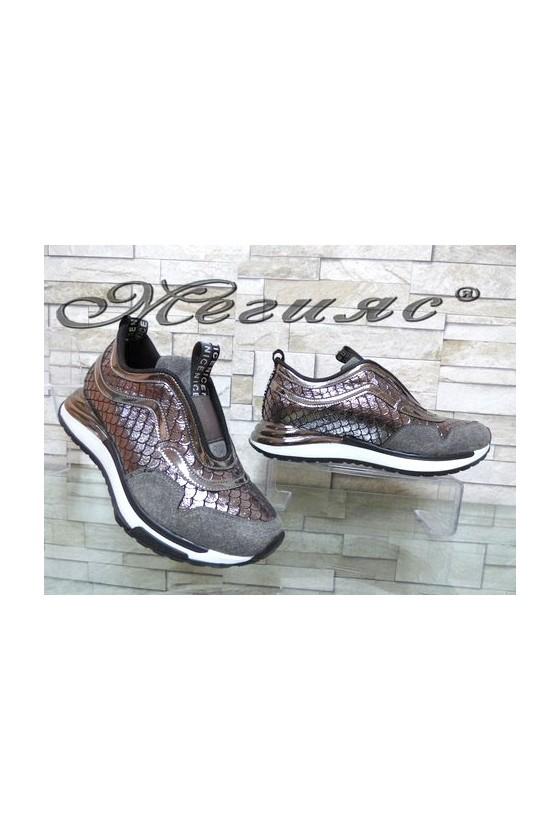 3301 Дамски спортни обувки черни