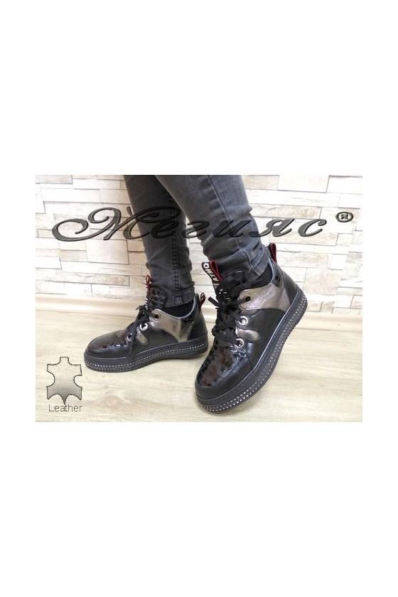 1206-54-37-32 Дамски обувки черни от естествена кожа