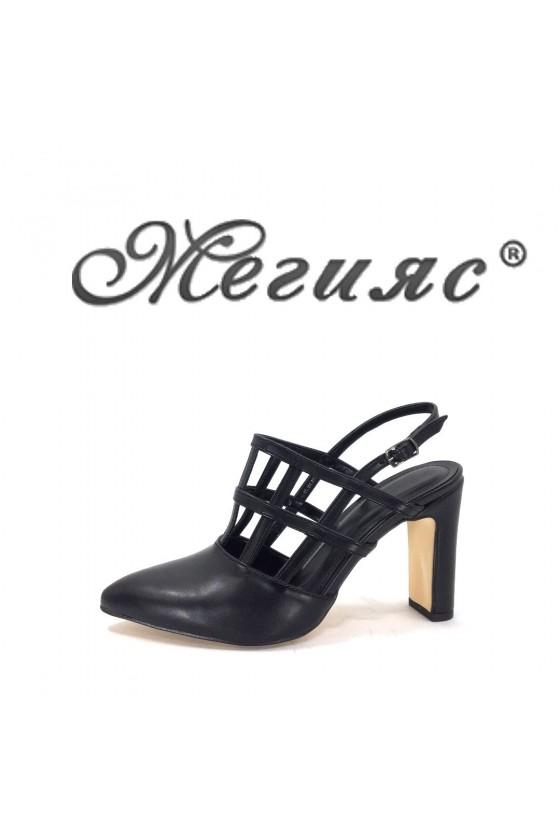 316 Дамски сандали черни еко кожа елегантни остри висок ток