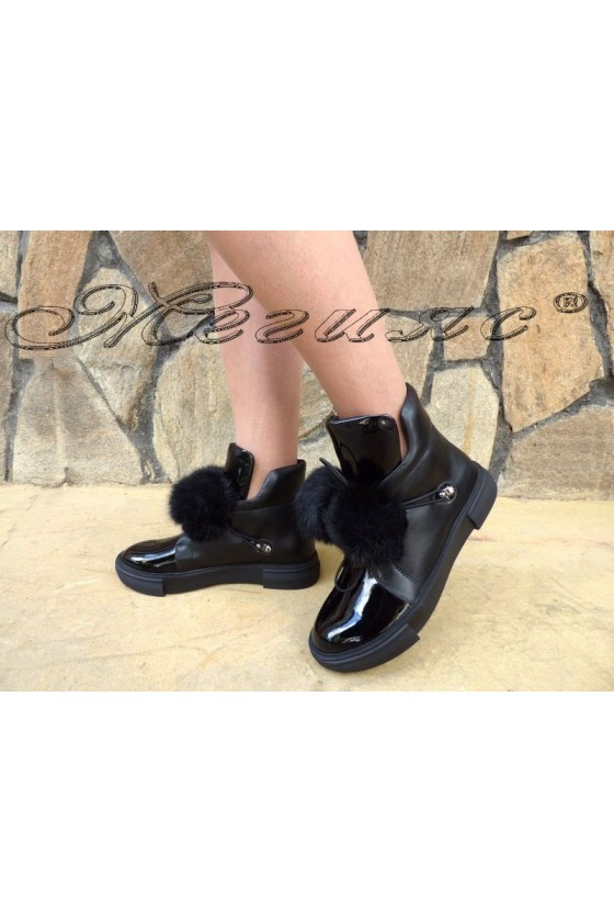 SONIA 19-1221 Women boots black pu with fur