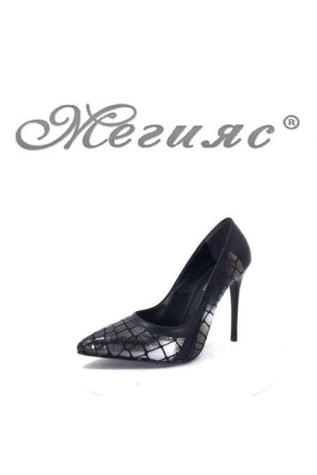 47712 Lady elegant shoes black with silver pu
