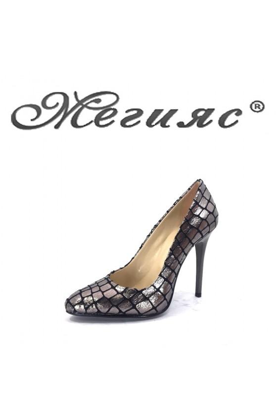 162-0-314 Дамски елегантни обувки кафяво кроко на висок ток