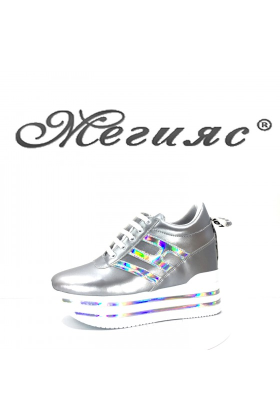 2389 Lady sports shoes silver pu