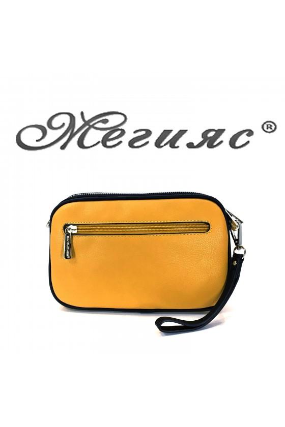 5666 Дамска чанта спортно-елегантна горчица еко кожа с дълга дръжка