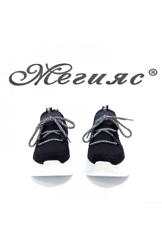 2028 Дамски спортни обувки черен текстил