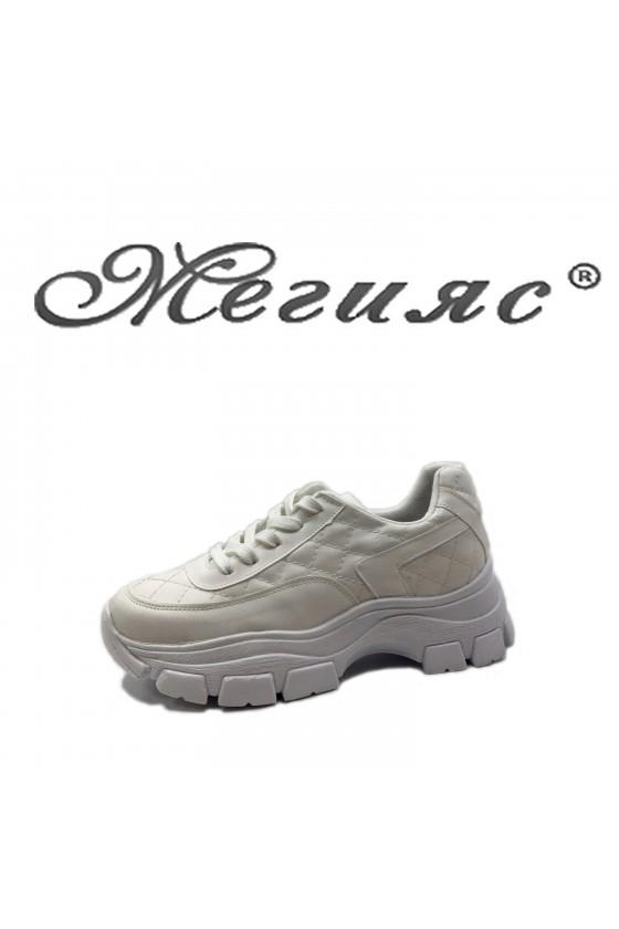 3138 Дамски спортни обувки бели от еко кожа