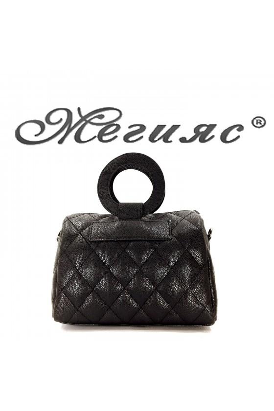 279 Дамска чанта черна от еко кожа