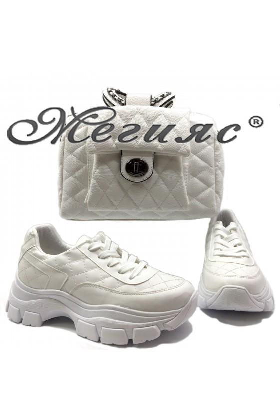 3138 Дамски спортни обувки бели с чанта 279 бяла от еко кожа