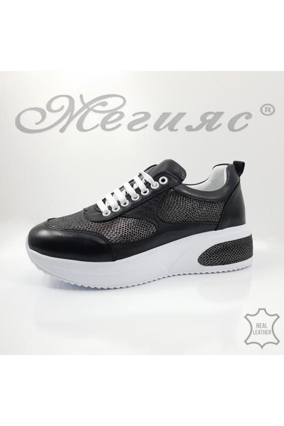 Дамски обувки спортни естествена кожа черни със сребърно 8003