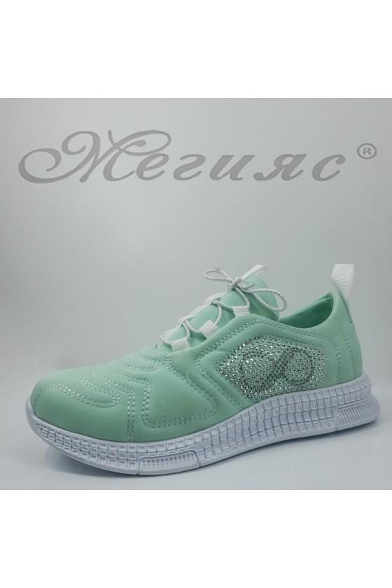 160 Дамски спортни обувки мента текстил
