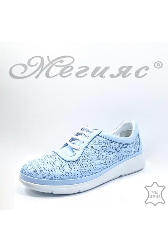 07 Дамски спортни обувки сини от естествена кожа