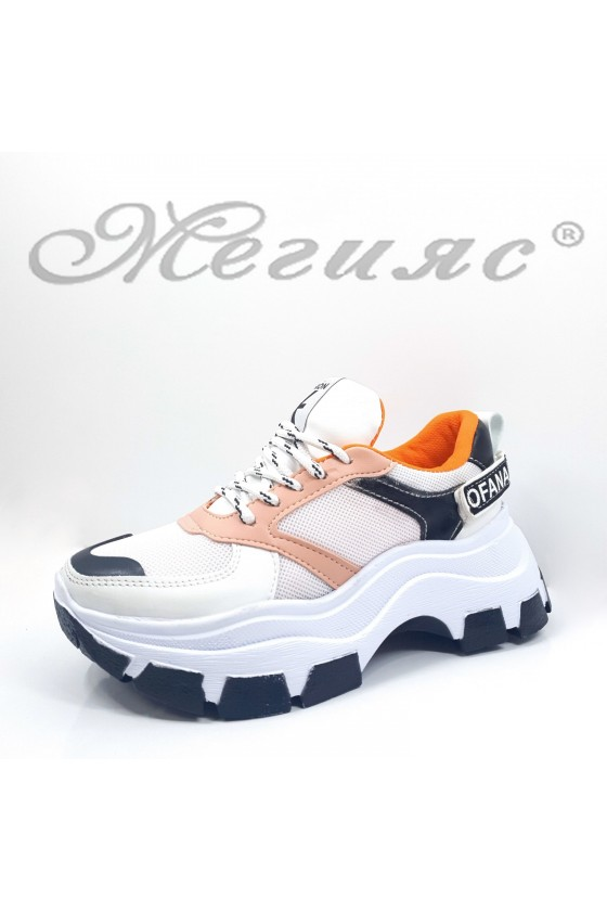 3132 Дамски спортни обувки бяло с пудра от еко кожа и текстил