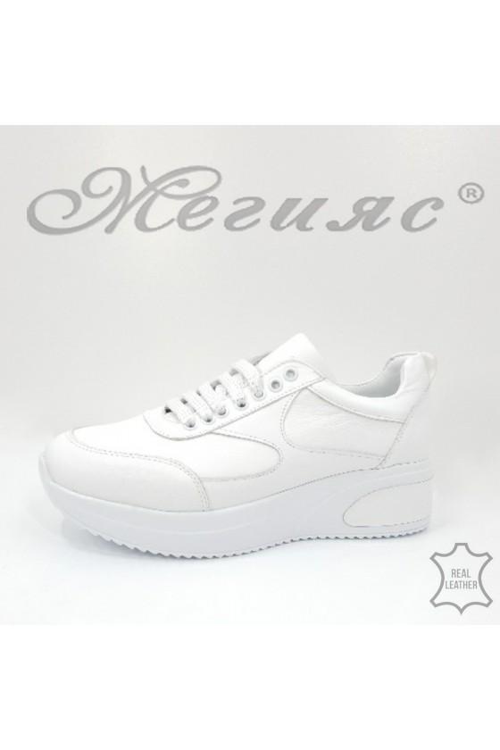 8003 Дамски спортни обувки бели естествена кожа