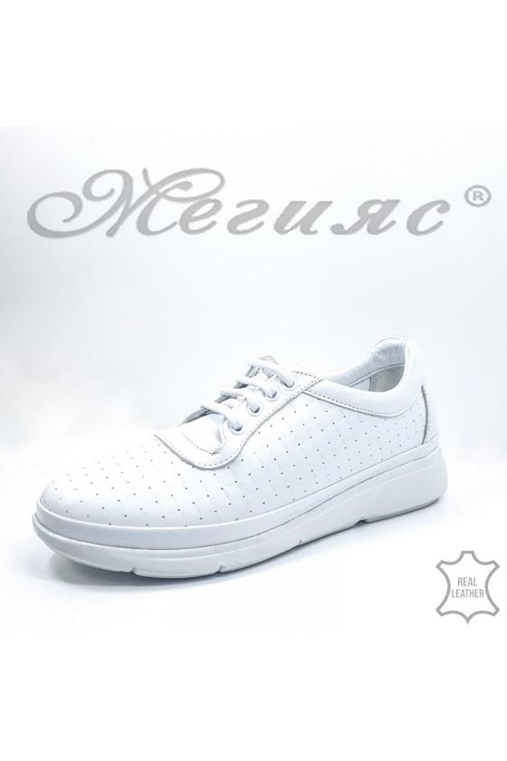 02 Дамски спортно-елегантни обувки бели естествена кожа