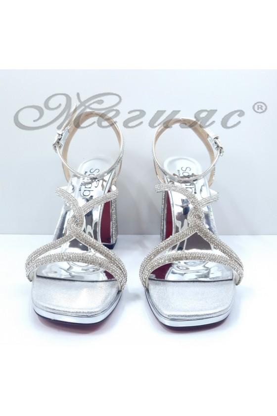 Дамски сандали на ток сребърни 1794