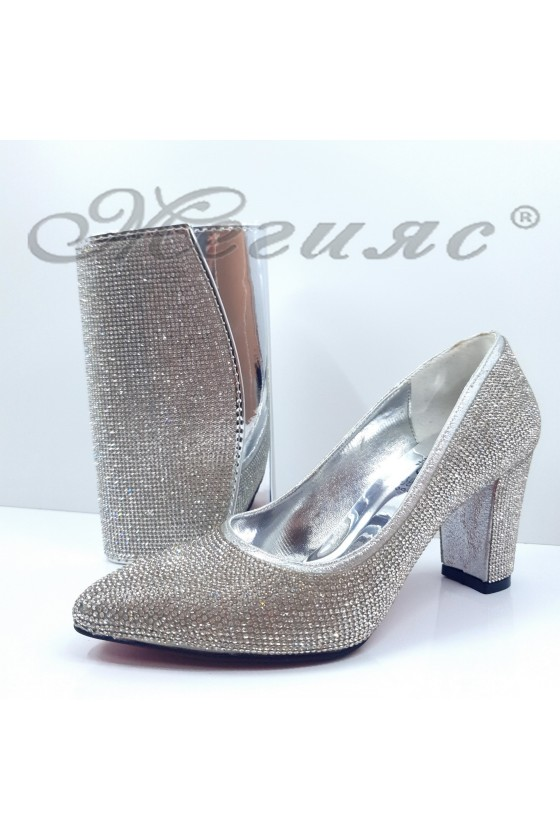 1293 Lady shoes silver with bag 1519