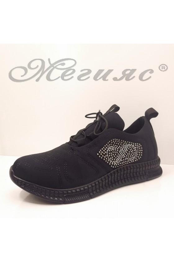 160 Дамски спортни обувки черен текстил