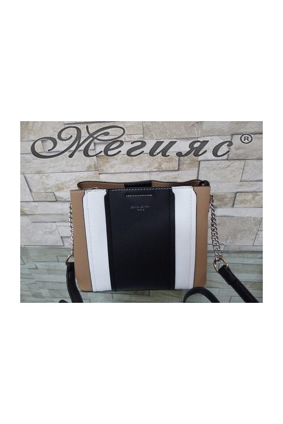 Малка дамска чанта спортно-елегантна бежова еко кожа с дълга дръжка 6258