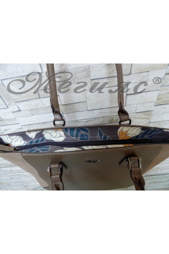 Дамска чанта спортно-елегантна тъмно бежова еко кожа 5391
