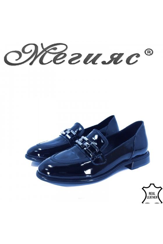 Дамски обувки от естествена кожа черни 1932