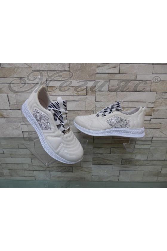 Дамски обувки спортни бели текстил 160