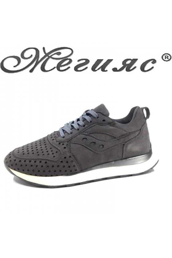 104 Дамски спортни обувки сив набук