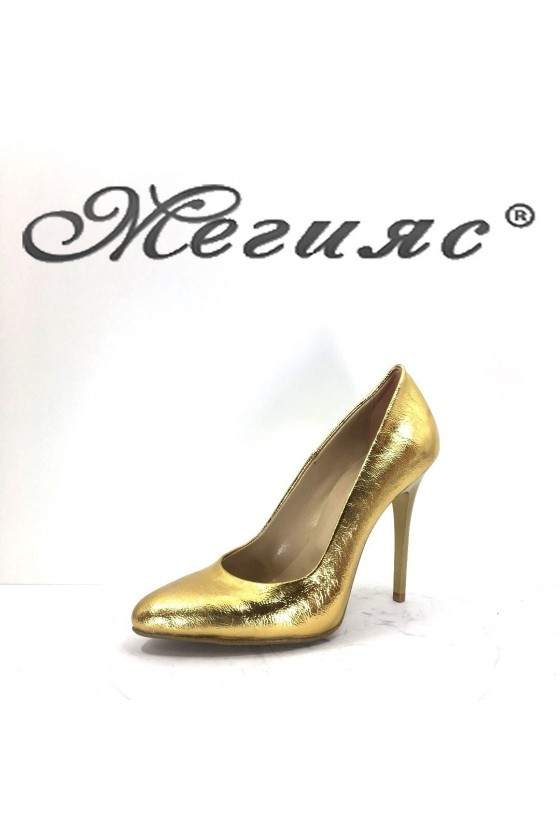 162-0-946 Дамски елегантни обувки златни лак на висок ток