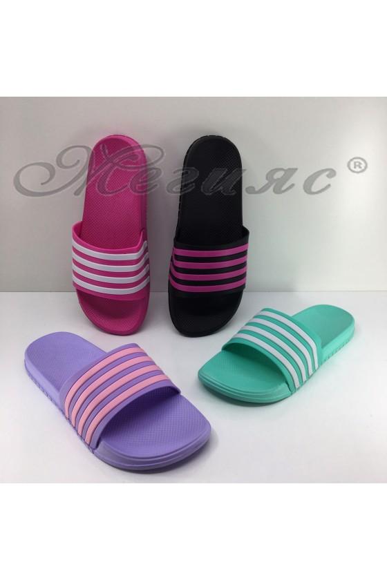 19-M Lady flip flops