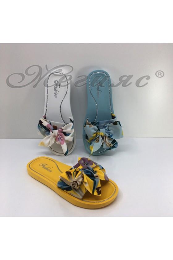 08-M Lady flip flops