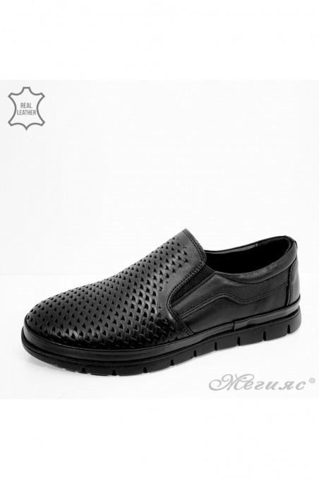 Мъжки обувки черна перфорация от естествена кожа 1901-1