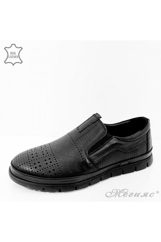 Мъжки обувки големи номера черна перфорация от естествена кожа