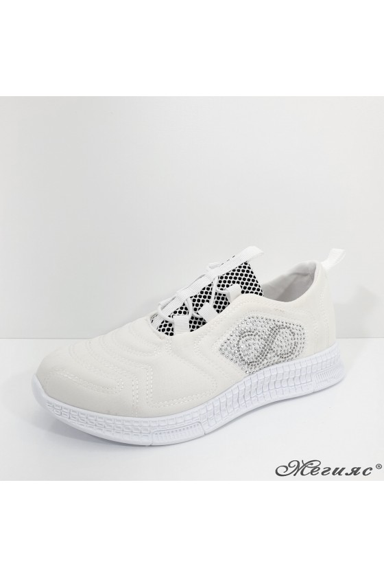 160 Lady sport shoes white textile