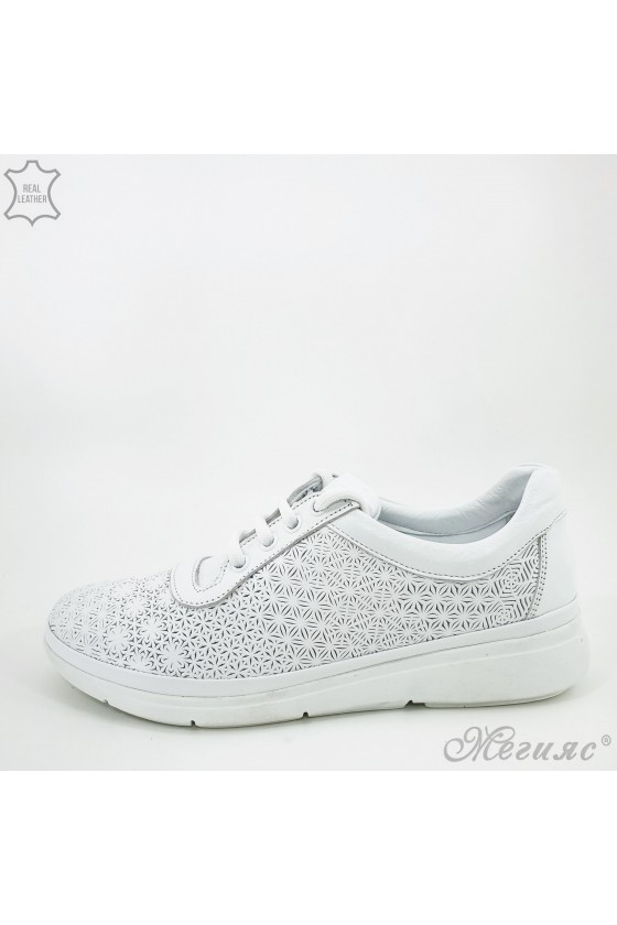07 Дамски спортно-елегантни обувки бели от естествена кожа