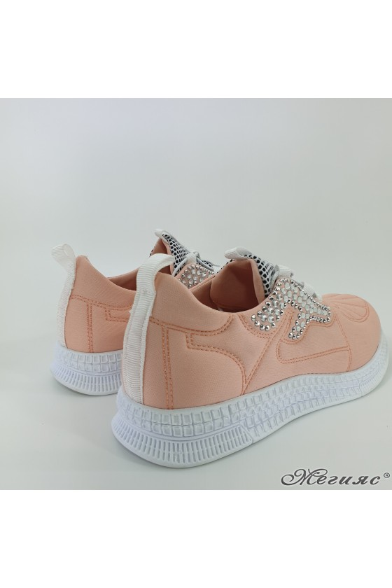 160 Lady sports shoes