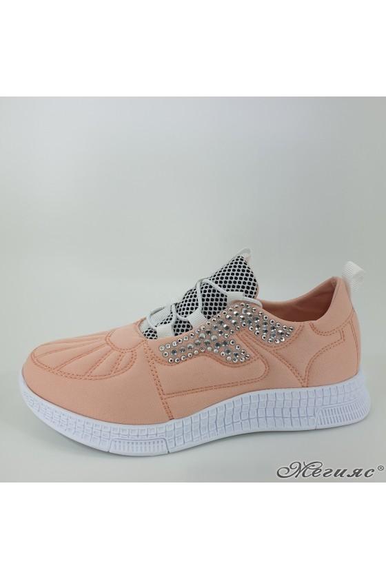 160 Дамски спортни обувки пудра текстил