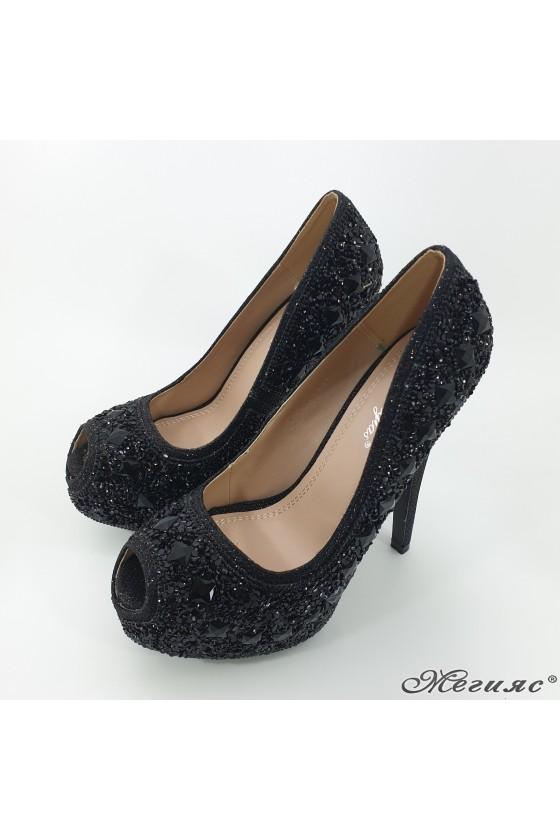 Дамски обувки Linda 1720-13 елегантни черни с камъни